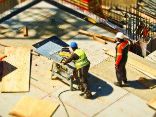 Le constructeur ne répond pas des dommages relatifs aux travaux qu'il n'a pas exécutés