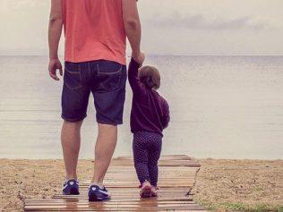 Ni père, ni mère, mais « parent biologique »