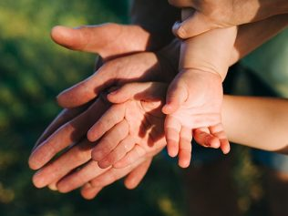 Décret n° 2019-756 du 22 juillet 2019 portant diverses dispositions de coordination en matière de droit de la famille