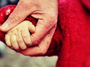 Déclaration de naissance au lieu de résidence des parents : adoption au Sénat