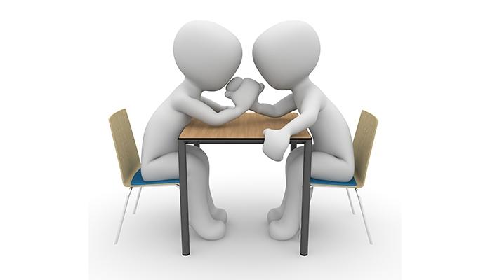 Critique de l'employeur par un représentant du personnes : est-ce un abus dans l'exercice du mandat ?